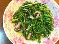清炒香菇水蓮