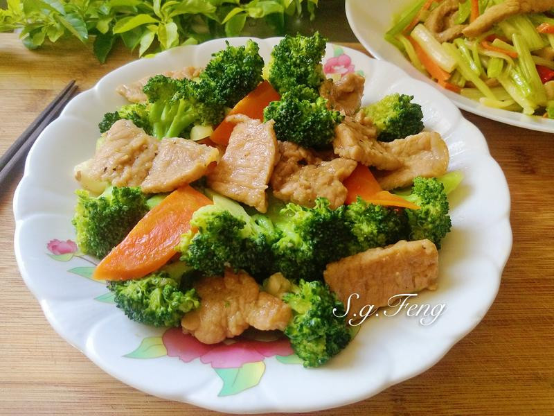 肉片炒花椰菜
