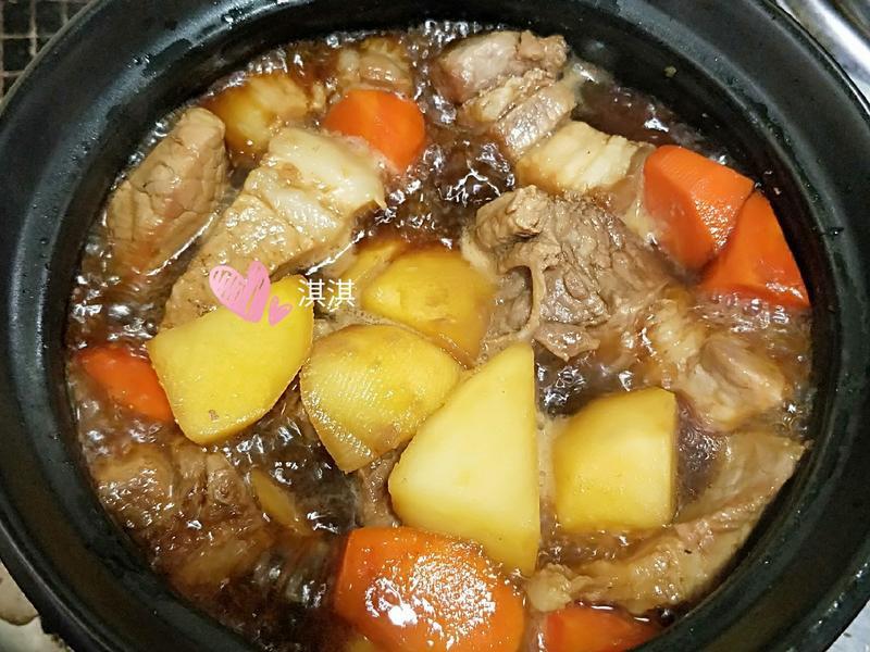 馬鈴薯燉肉(家常菜)