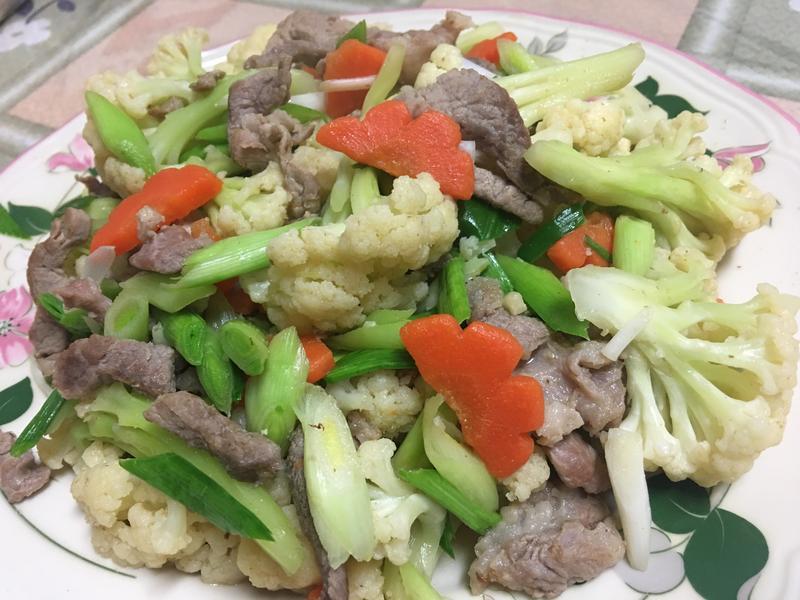 熱炒白花椰菜~家常菜