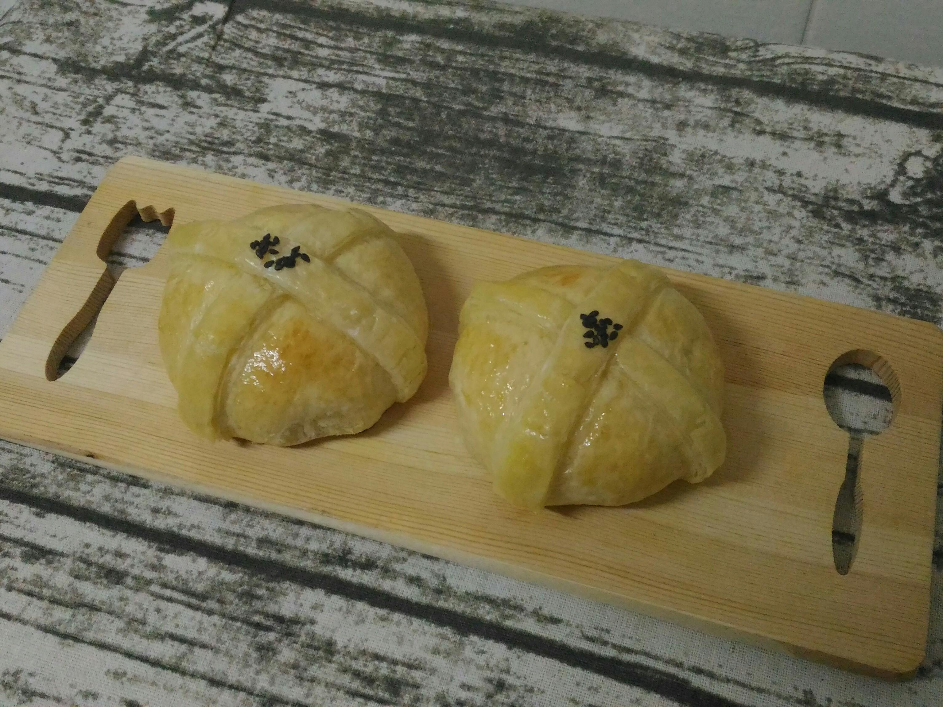 鹹蛋黃奶酥麵包(中種)