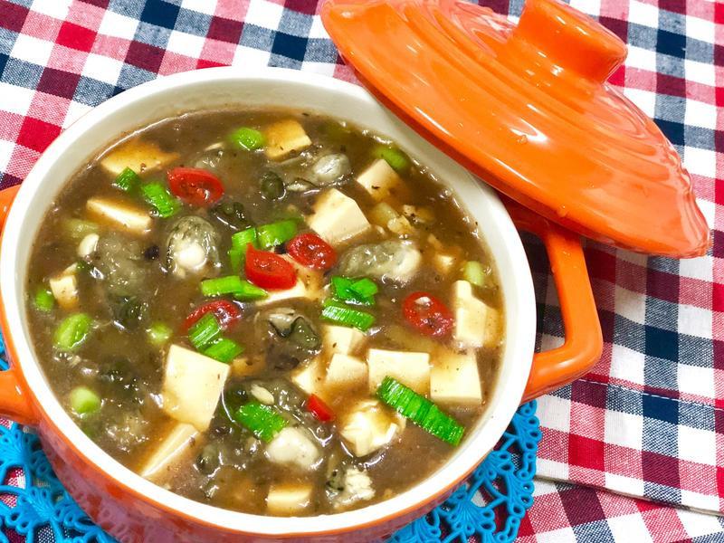 鮮蚵豆腐煲