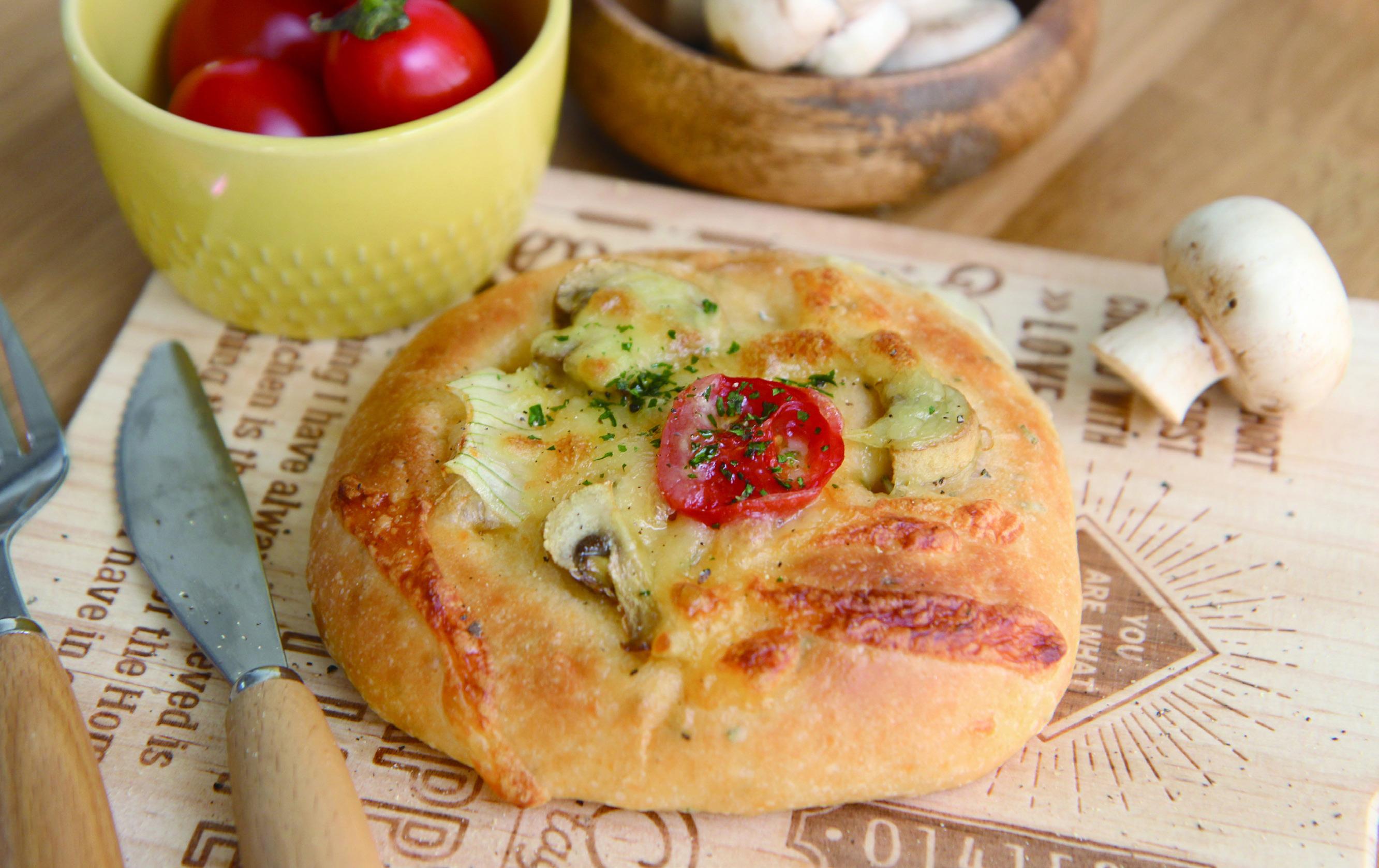 【快速晨烤麵包】洋蔥蘑菇佛卡夏