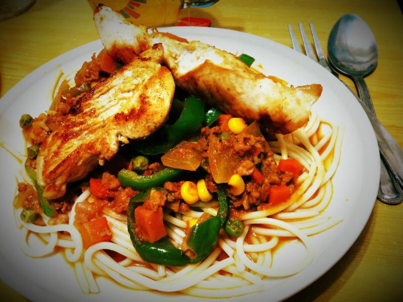 [30分鐘輕鬆上桌] 雞柳紅醬義大利麵