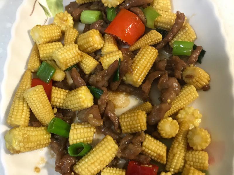 玉米筍炒肉絲