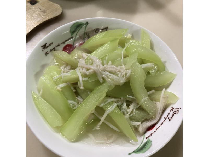 金針炒黃瓜