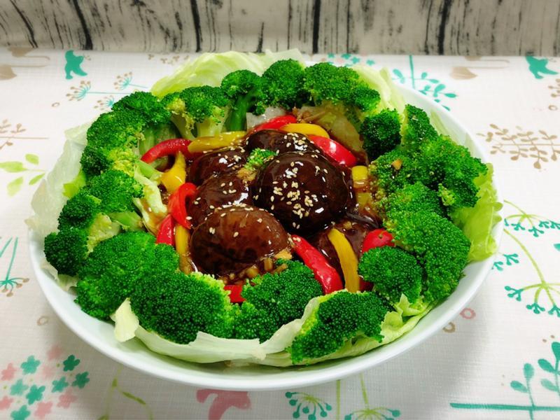 蘭花拌花菇(素食料理)