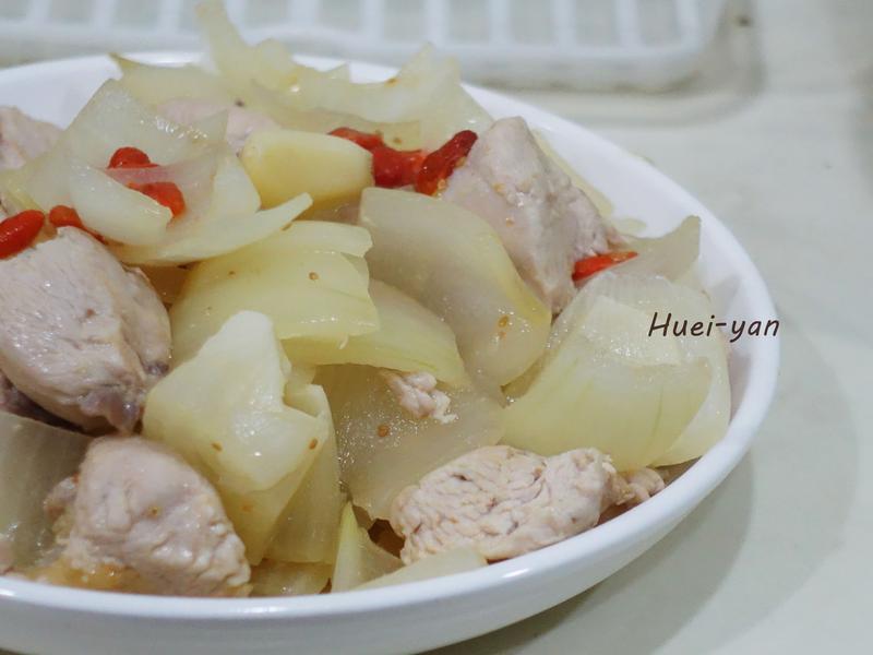 電磁爐料理-枸杞洋蔥雞肉丁