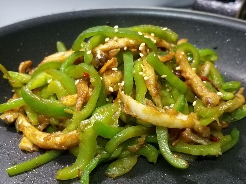 【青椒炒肉絲】蔬食版 杏鮑菇
