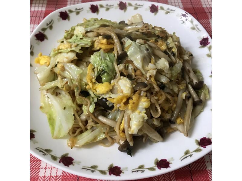 菇菇炒泡麵