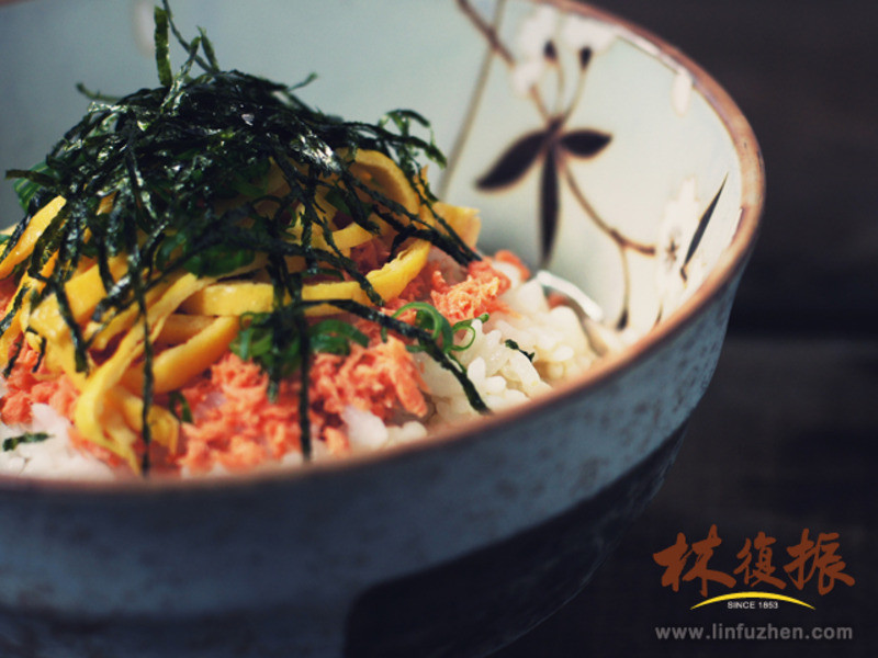 蛋絲鮭魚お茶漬け(茶泡飯)-兩人小餐桌