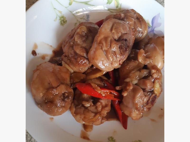 炒三杯雞(使用家裡僅剩材料)