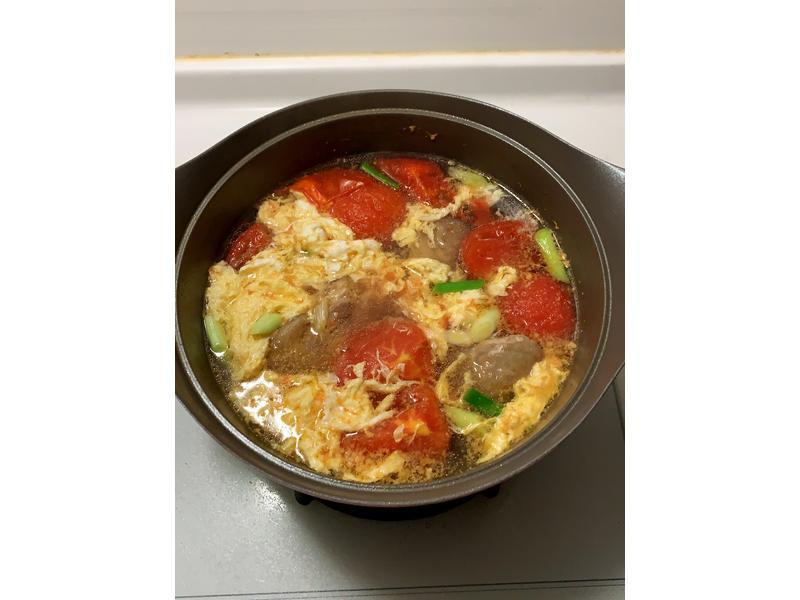 簡單到不行的蕃茄蛋花湯
