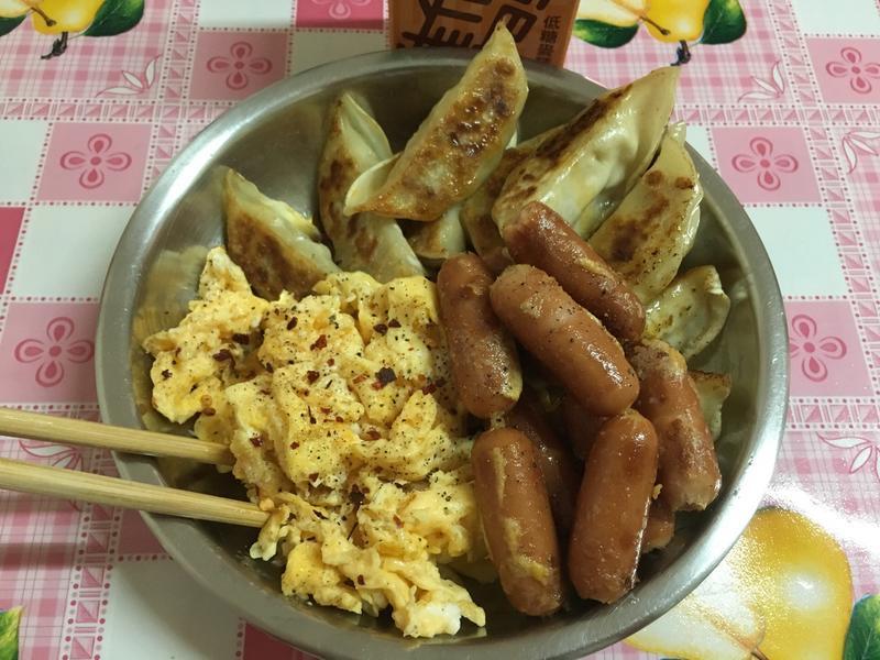 豐盛簡易早餐