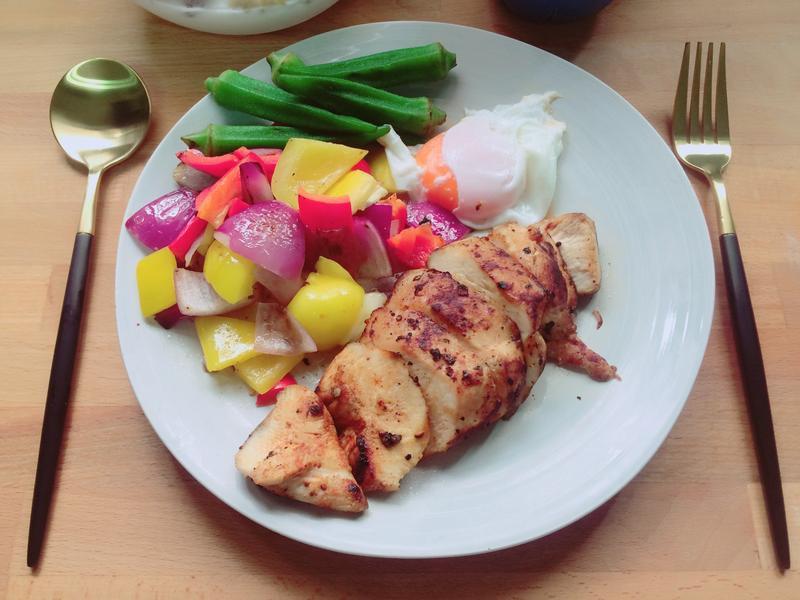 不柴又嫩的雞胸肉早午餐🐔內附水波蛋作法
