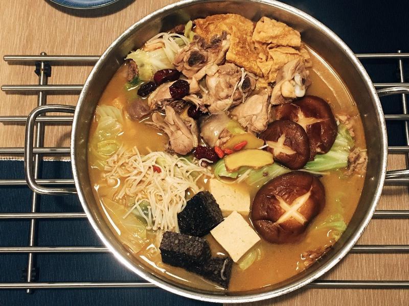 麻油雞湯 暖家人的胃