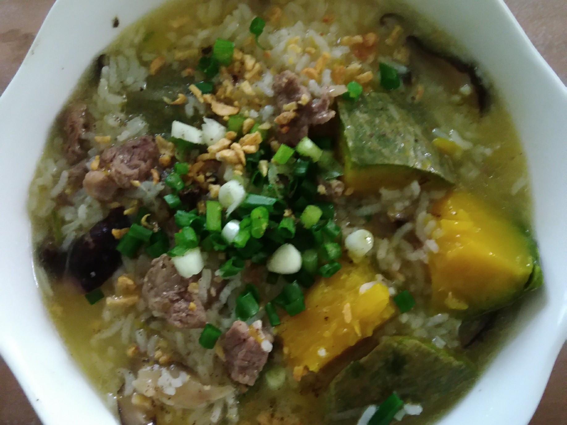 南瓜香菇牛肉粥