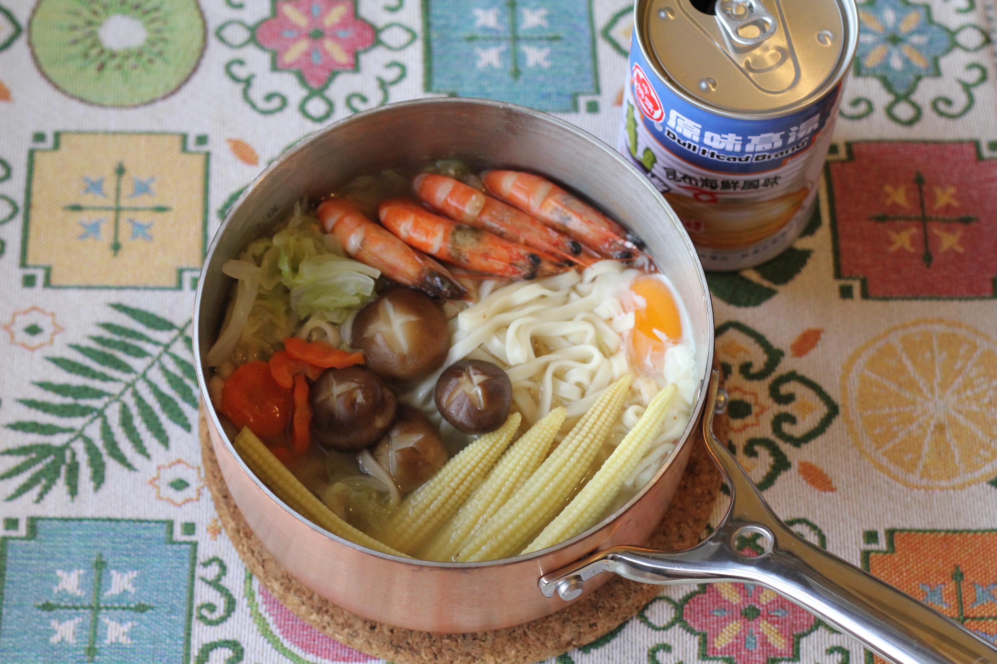 蔬菜鮮蝦麵(牛頭牌高湯)