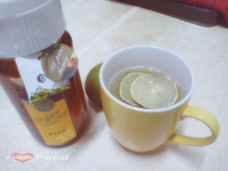 治感冒-熱呼呼蜂蜜檸檬汁[趁熱品嚐]