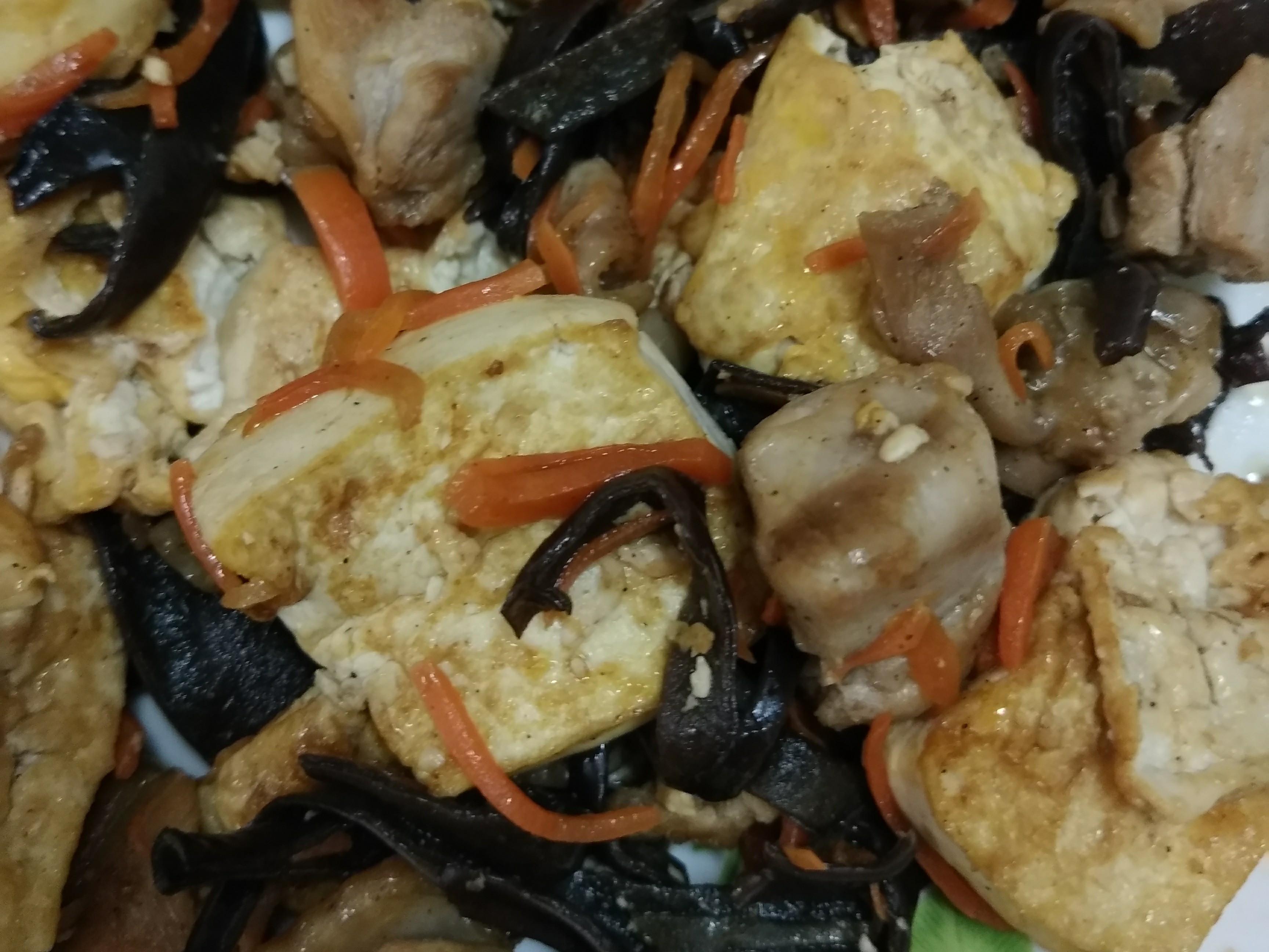 炒雞肉豆腐蛋