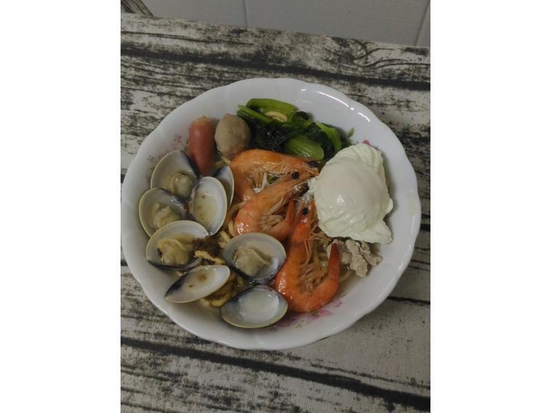 海鮮鍋燒意麵(牛頭牌原味高湯)