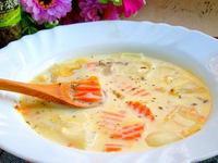 奶香洋蔥湯~快速、健康