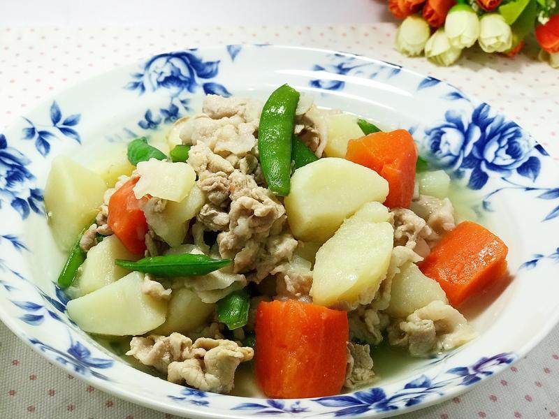 馬鈴薯蔬菜燉肉