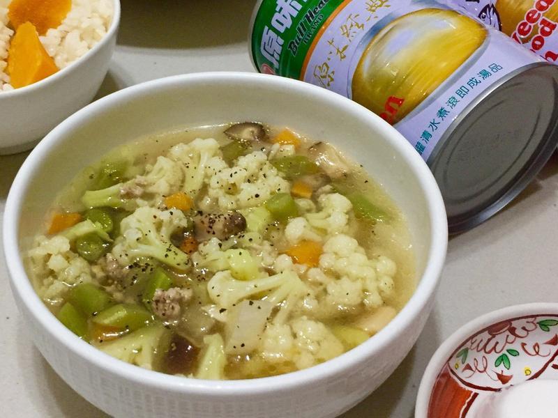 白花椰肉末湯[牛頭牌原味高湯]