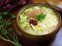 韭黃烤鴨煨麵