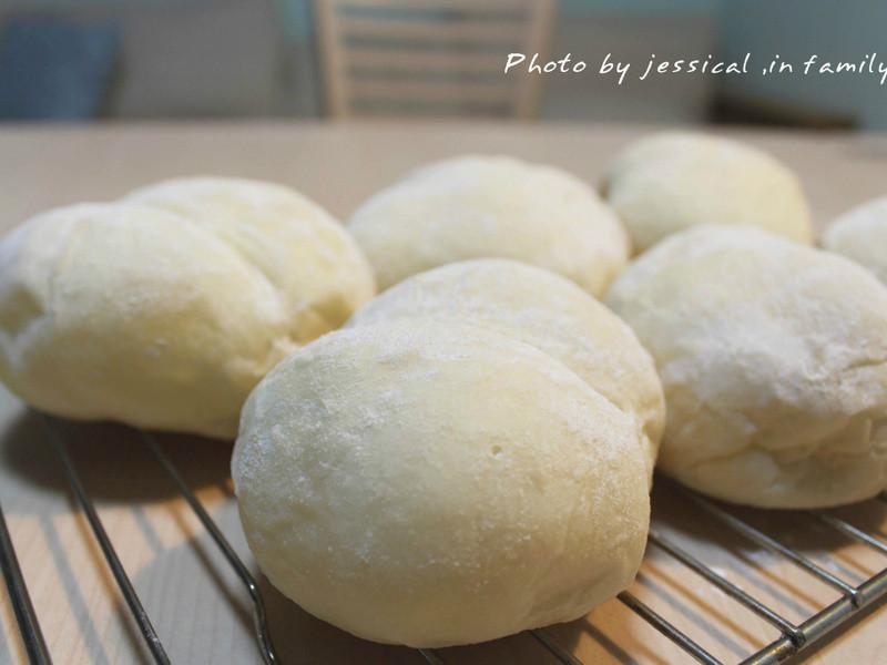 【肉桂打噴嚏】海蒂的白麵包