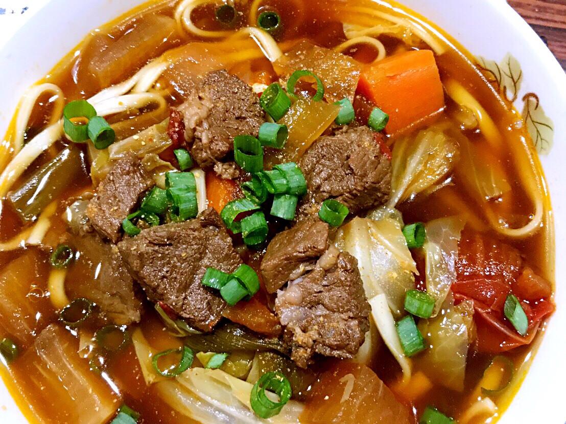 一鍋到底紅燒牛肉湯之~料理新手內牛滿麵