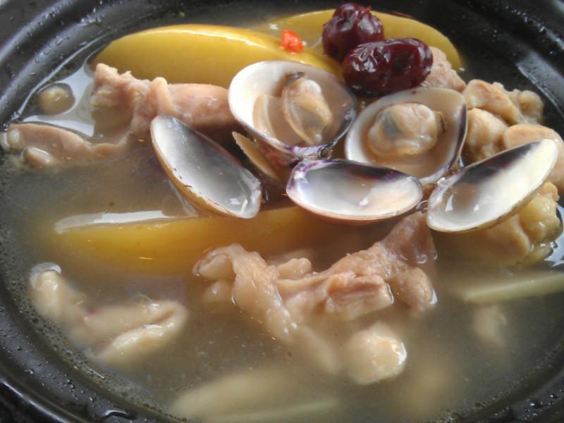 蘋果蛤蠣雞煲