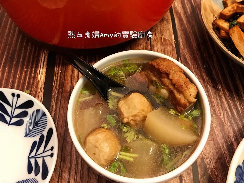 老菜脯排骨蘿蔔丸子湯
