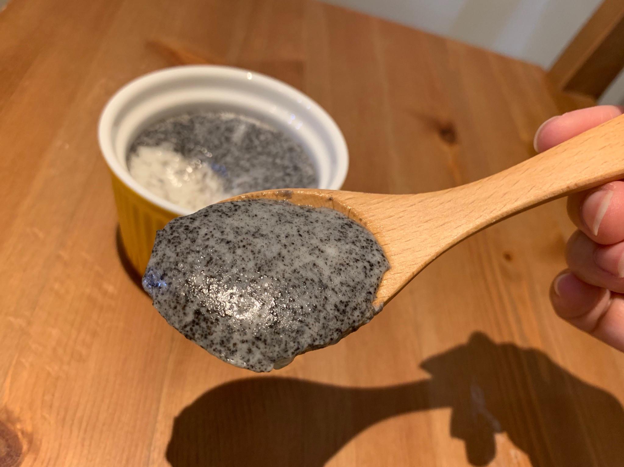 【寶寶食譜】黑芝麻燉奶(電鍋製作)