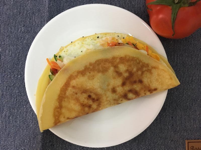 生菜煎蛋派(法式軟可麗餅)早餐