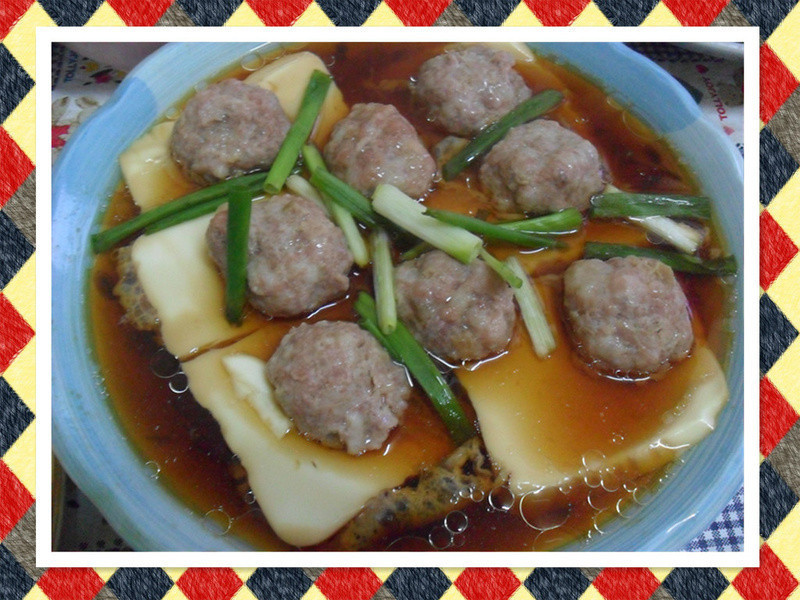 Y芬的小廚房--蒸豆腐丸子