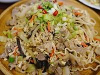 梅花豬肉品什錦炒麵