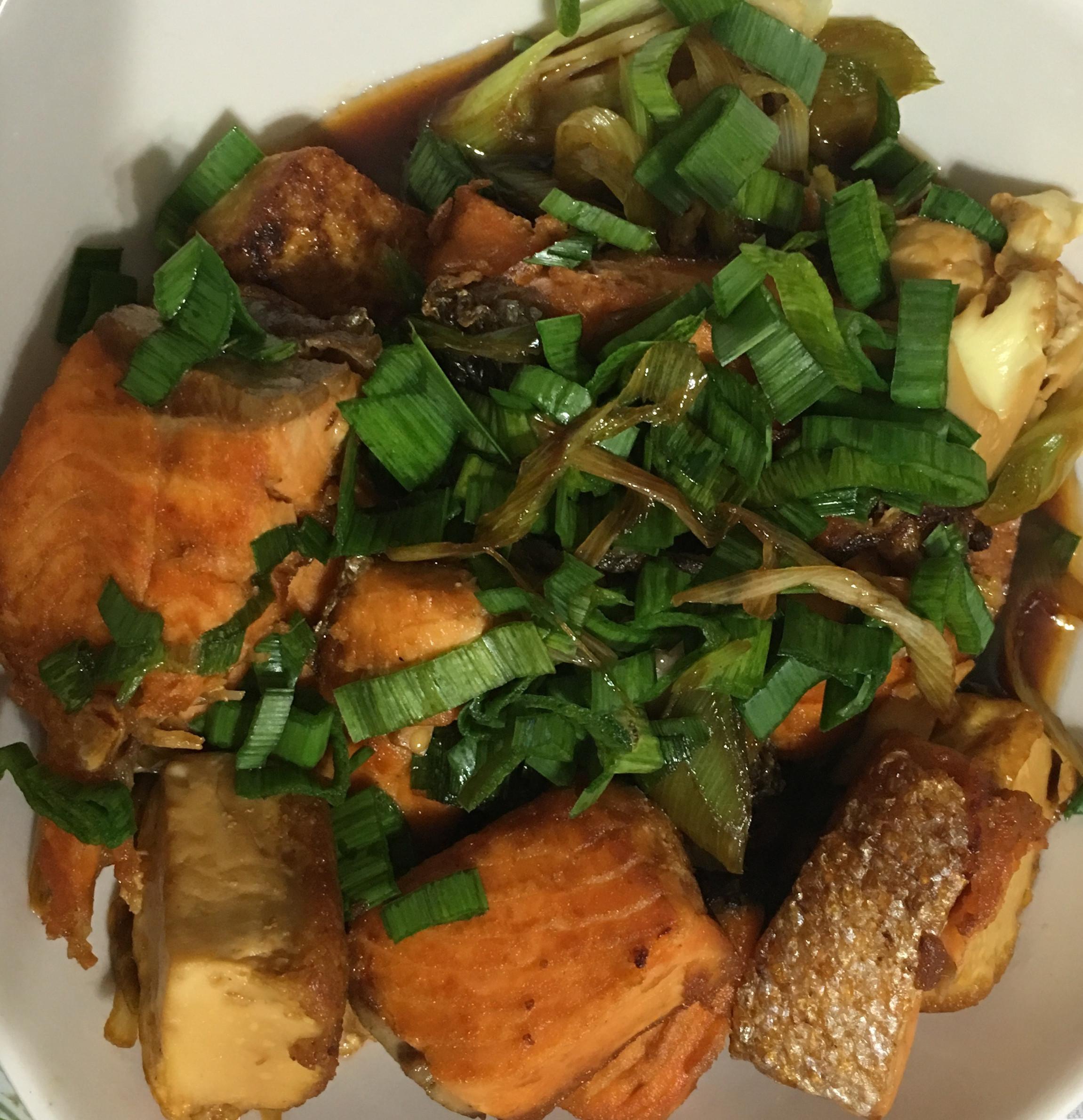紅燒鮭魚豆腐
