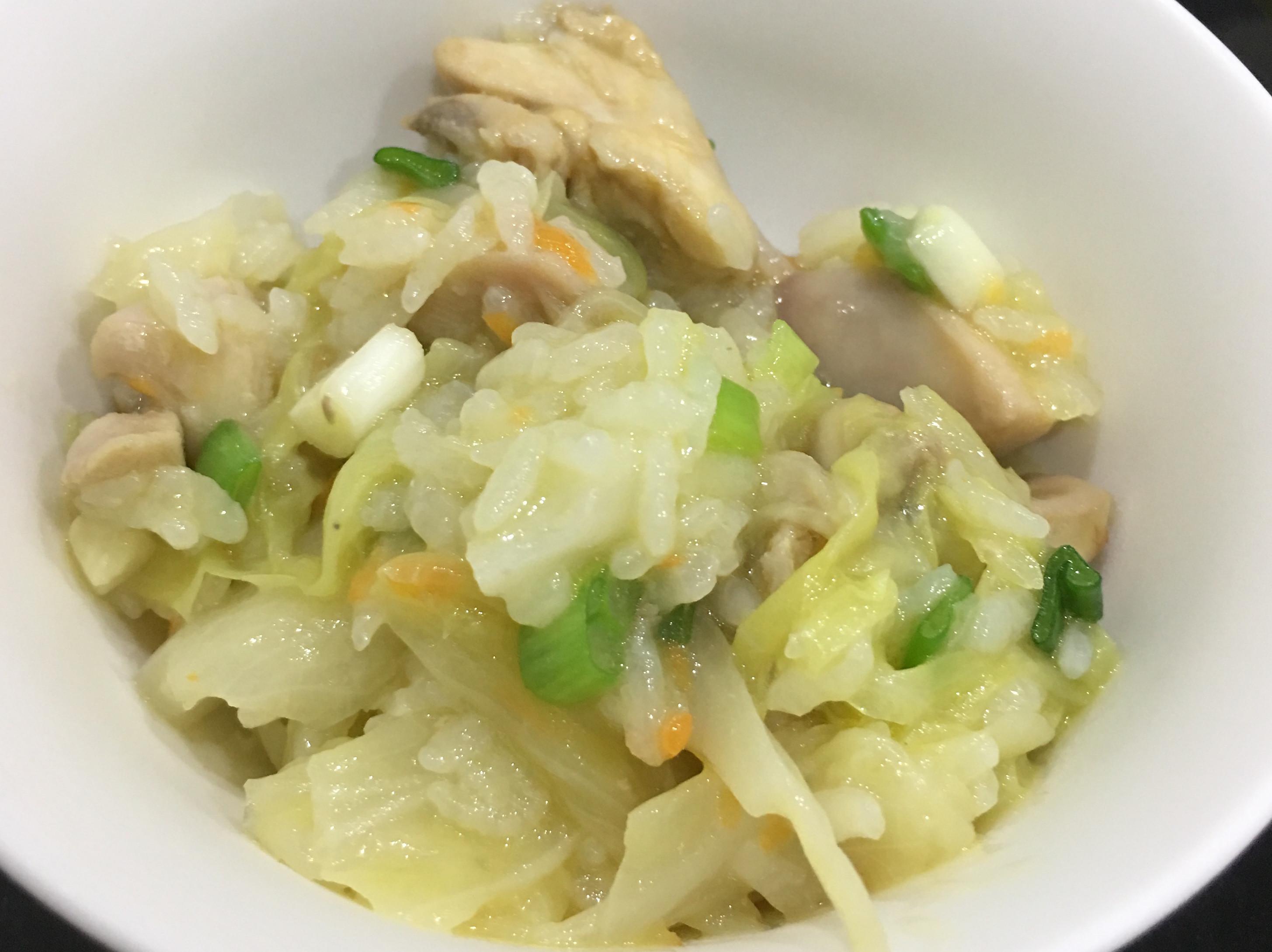 蒜香高麗菜雞肉飯