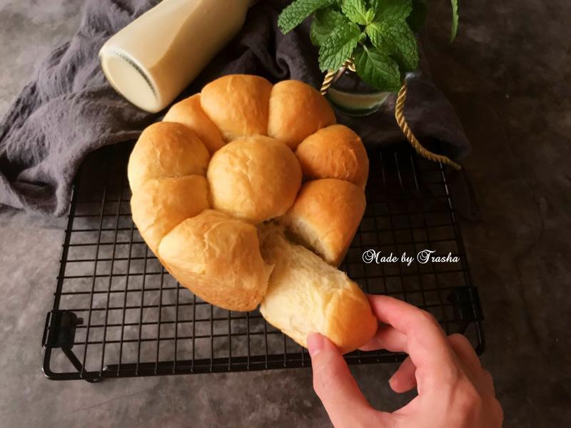 黑芝麻麵包