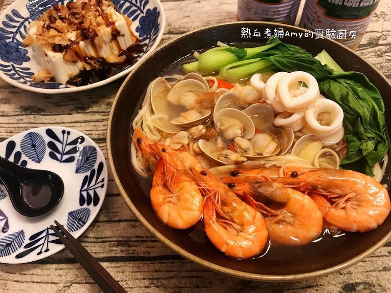 👩🍳海鮮總匯湯麵(牛頭牌高湯)