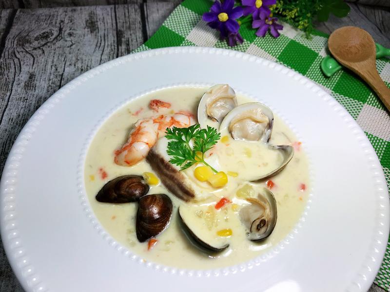 海鮮巧達濃湯