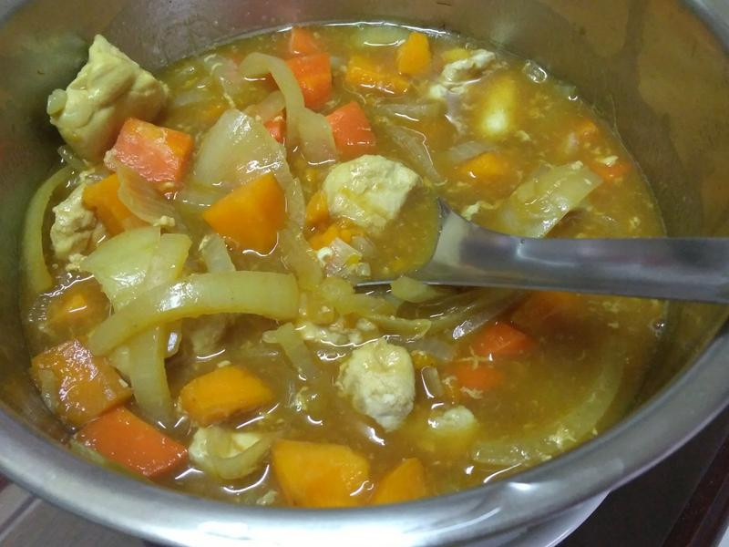紅蘿蔔咖哩(電鍋)