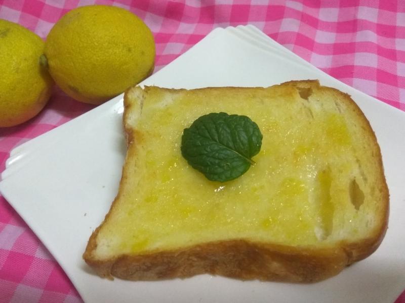 十分鐘早餐-檸檬糖霜奶香吐司