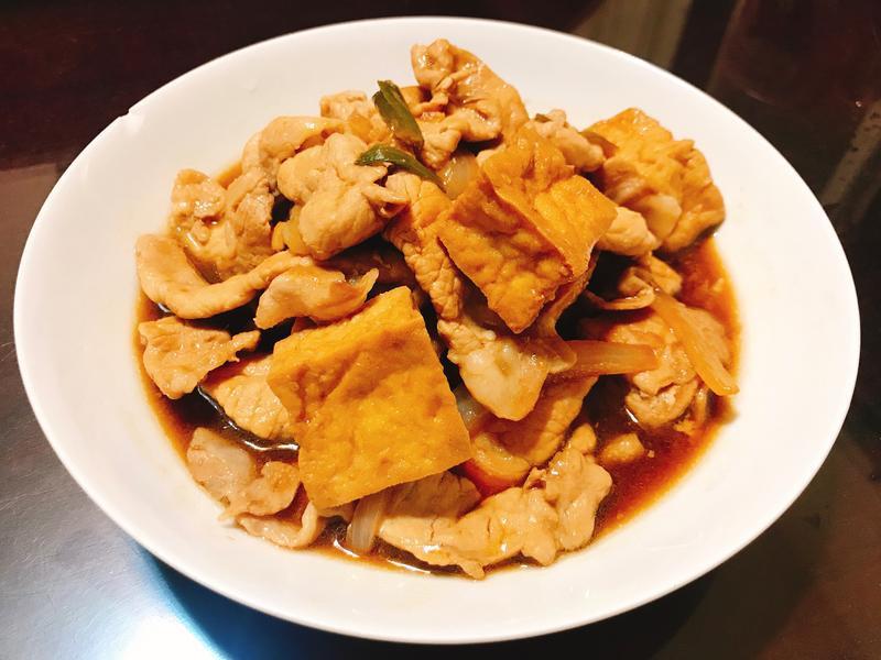 醬燒油豆腐豬肉片
