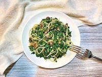 菠菜偽青醬蘑菇義大利麵