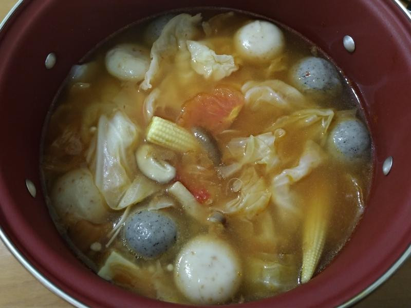 蔬菜菇麻糬燒火鍋