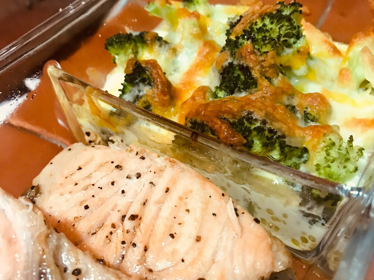 奶油煎鮭魚&焗烤綠花椰[生酮低醣]