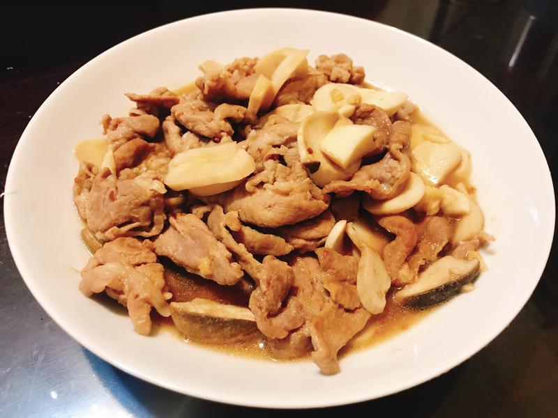 醬燒豬肉片炒杏鮑菇