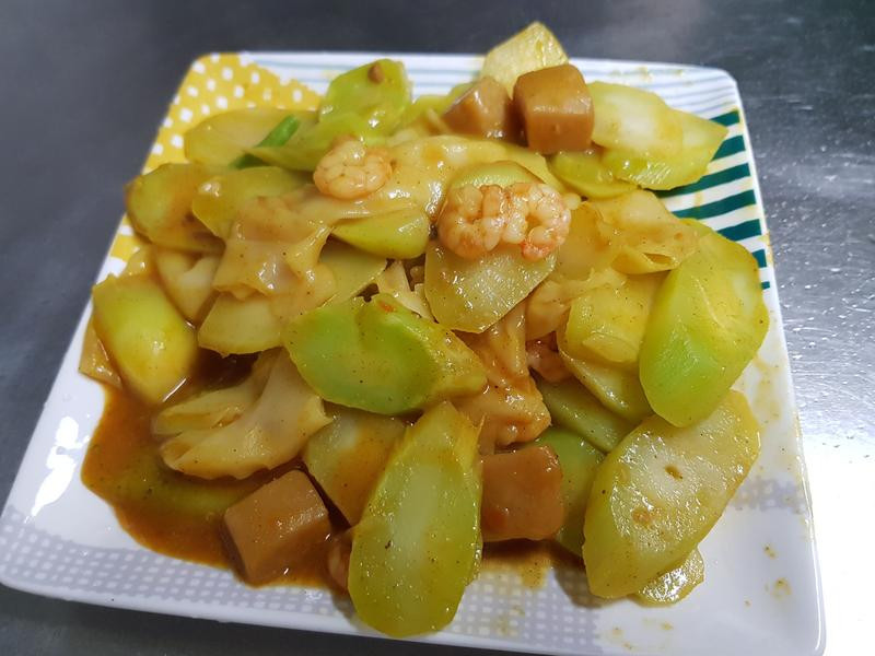 記憶中的便當菜:鮮蝦炒菜心~ 咖哩口味